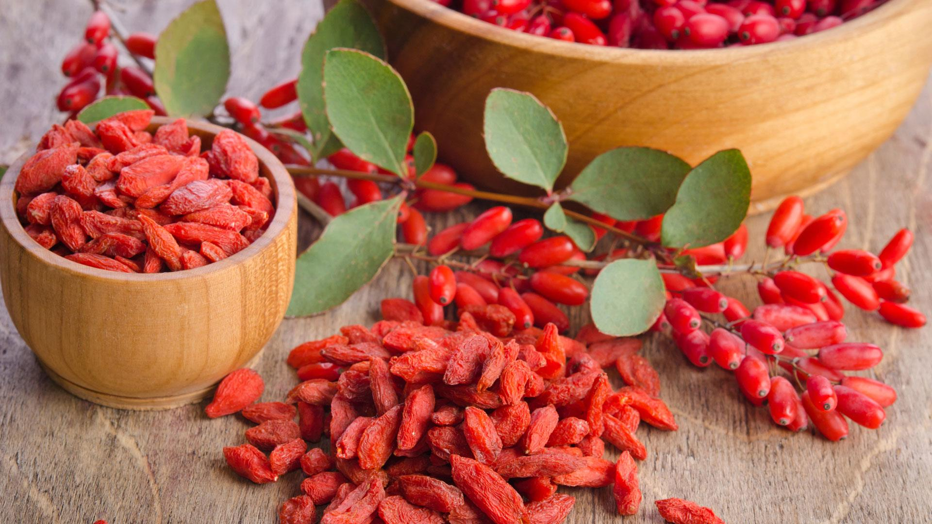 What do goji berries look like 30