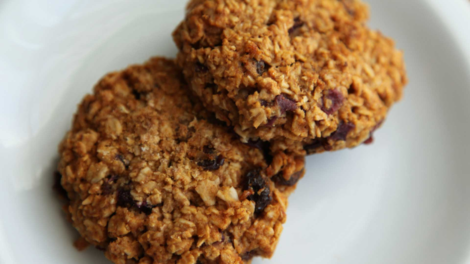 healthy apricot oatmeal cookies